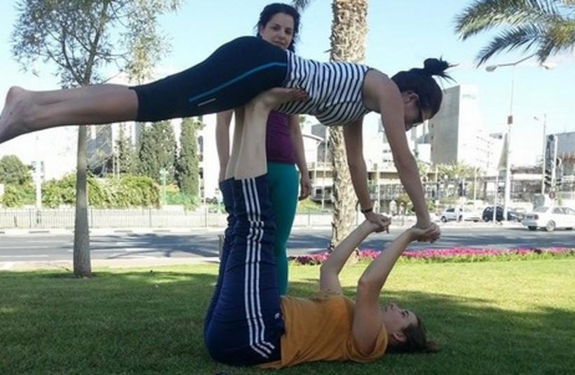 Israelis flip out over Acrobalance (photo credit: Courtesy)