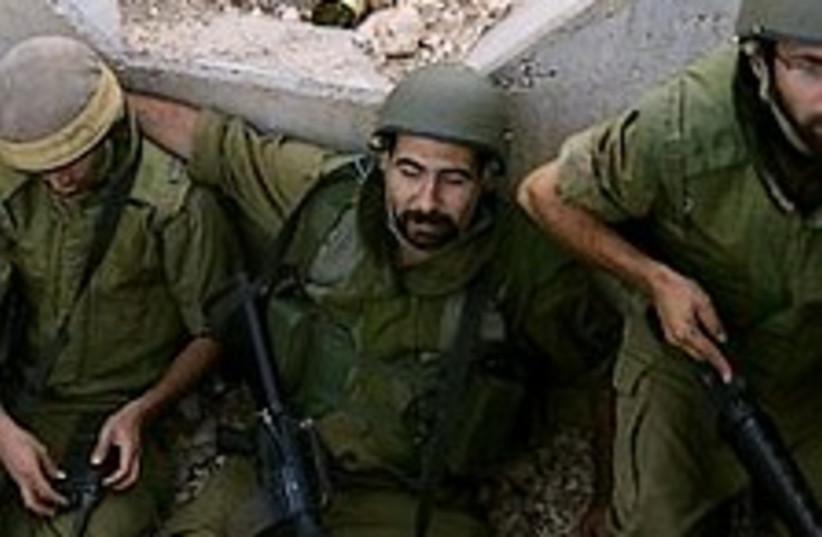 soldiers 224.88 (photo credit: Ariel Jerozolimksi )