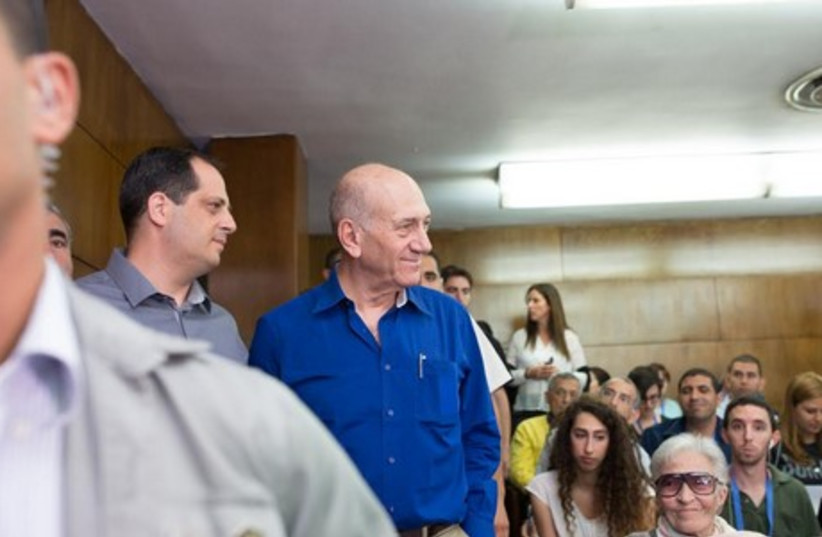 Olmert in court on day of sentencing, May 13 (photo credit: YOTAM RONEN)