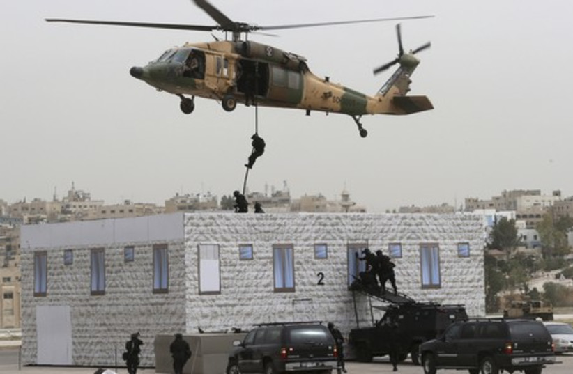 Jordanian special forces stage anti-terrorism drill in Amman. (photo credit: REUTERS)