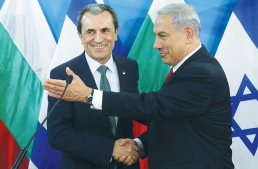 Binyamin Netanyahu with Plamen Oresharski (photo credit: MARC ISRAEL SELLEM)