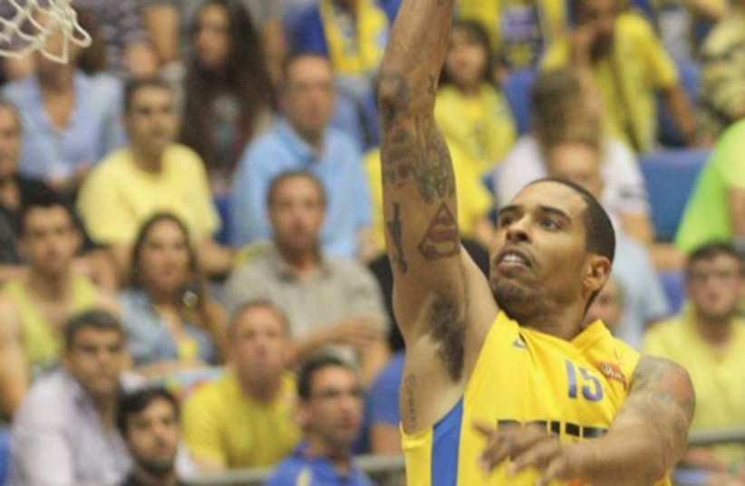 Maccabi Tel Aviv forward Sylven Landesberg was one of six yellow-and-blue players in double figures in last night's victory over Hapoel Eilat at Nokia Arena, scoring 12 points. (photo credit: ADI AVISHAI)