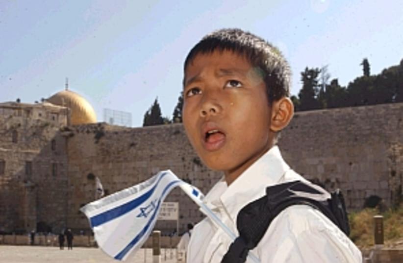 bnei menashe boy 298 (photo credit: Ariel Jerozolimski)