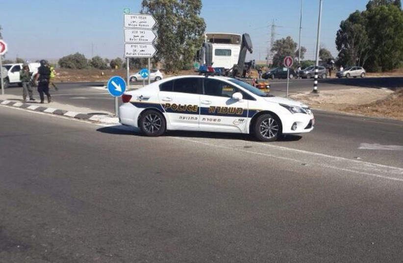 Security forces blocking off a roadway in southern Israel. (photo credit: ISRAEL POLICE)