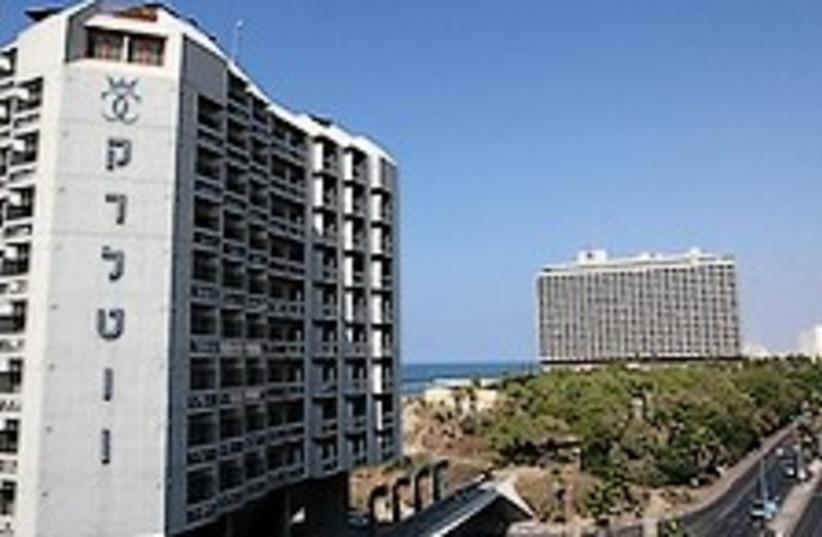 Tel Aviv hotels 224.88 (photo credit: Ariel Jerozolimski )