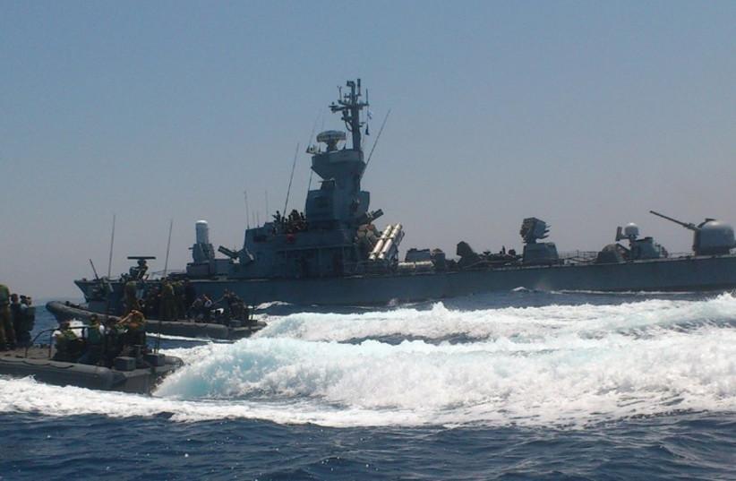Navy patrols off the coast of Gaza (photo credit: YAAKOV LAPPIN)