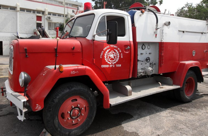 Fire Truck (photo credit: MARC ISRAEL SELLEM/THE JERUSALEM POST)