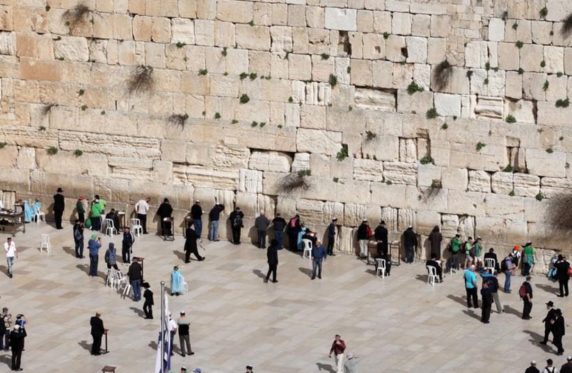 The western wall (photo credit: MARC ISRAEL SELLEM/THE JERUSALEM POST)