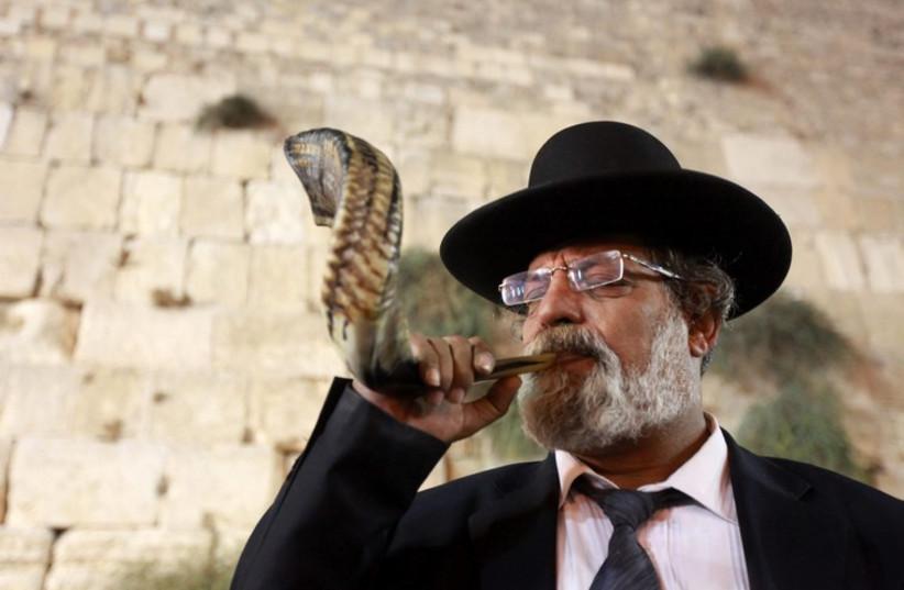 Shofar (photo credit: MARC ISRAEL SELLEM/THE JERUSALEM POST)
