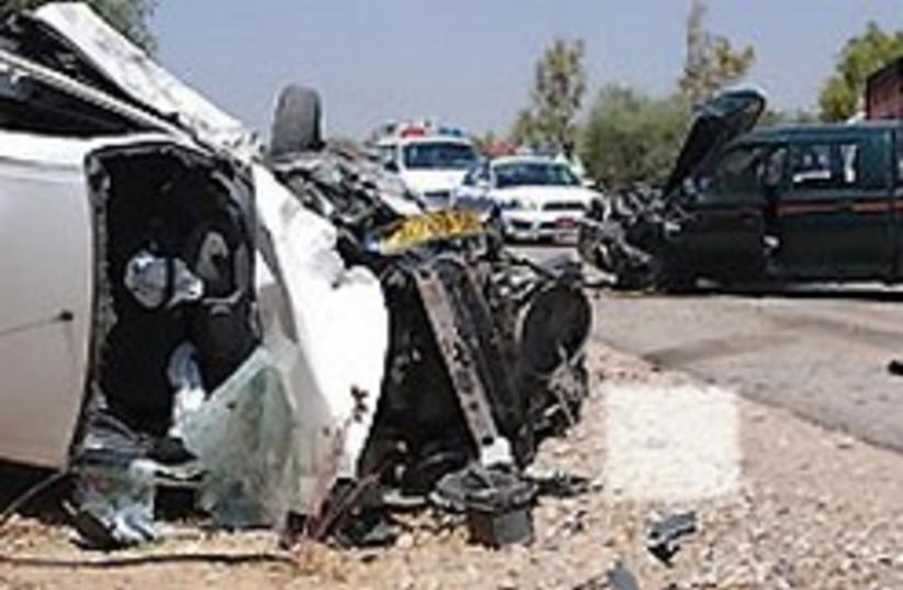 car crash 1 88 248 (photo credit: Ariel Jerozolimski [file])