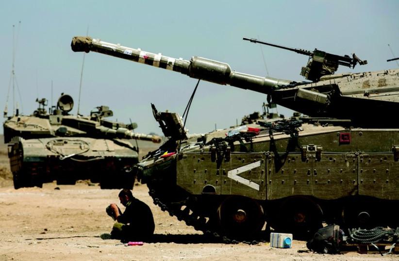 Près de la bande de Gaza (photo credit: REUTERS)
