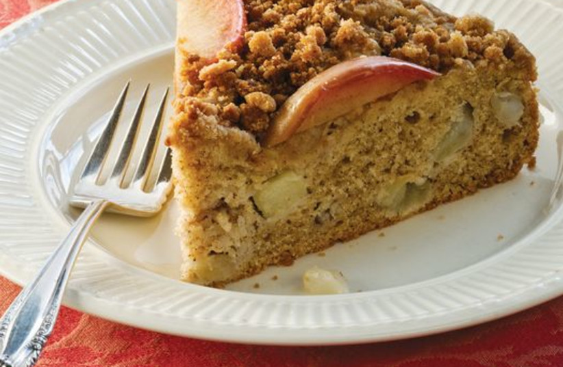 Apple-studded brown butter streusel coffee cake. (photo credit: SQUIRE FOX)