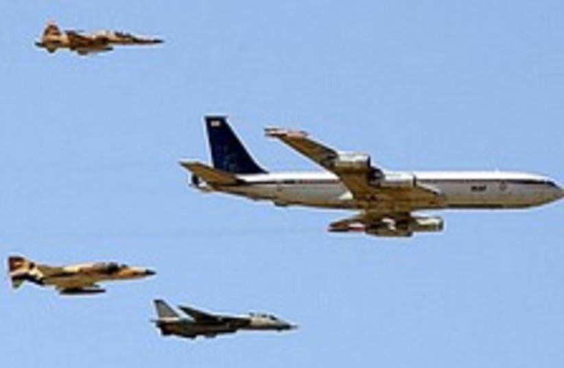 iran jets cool 224.88 (photo credit: AP [file])