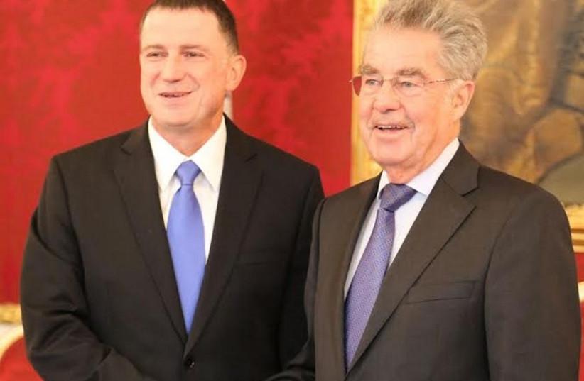 Knesset speaker Yuli Edelstein (L) meets Austrian President Heinz Fischer (photo credit: KNESSET SPEAKER YULI EDELSTEIN'S OFFICE)