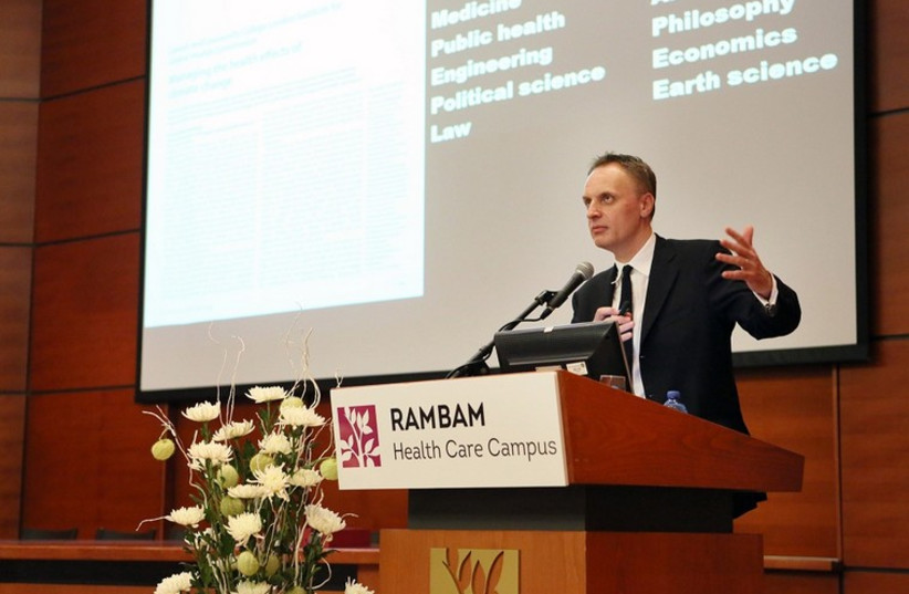 The Lancet editor Prof. Richard Horton at Haifa's Rambam Medical Center (photo credit: COURTESY RAMBAM MEDICAL CENTER)