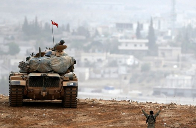 Turkey continues armored build-up for Idlib