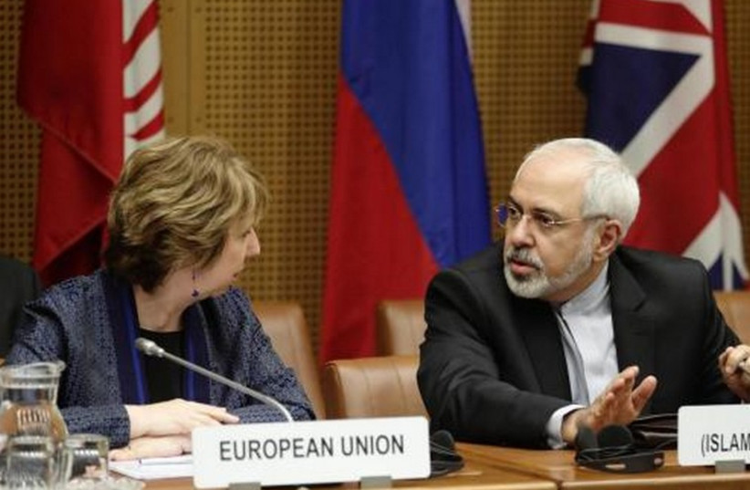 Iranian Foreign Minister Mohammad Javad Zarif (R) and EU foreign policy chief Catherine Ashton (photo credit: REUTERS)