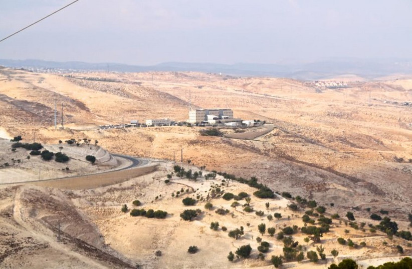 The E1 territory, located outside of Jerusalem and within the jurisdiction of the Ma'aleh Adumim settlement (photo credit: TOVAH LAZAROFF)