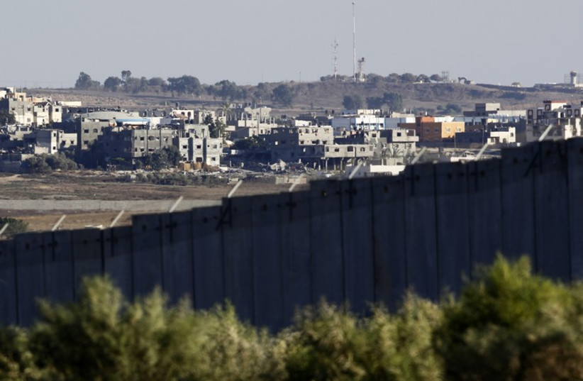 A view of the northern Gaza Strip as seen from the Israeli farming community of Netiv Haasara (photo credit: REUTERS)