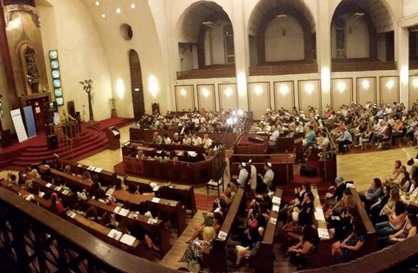 A Shabbat talk in a Tel Aviv Synagogue (photo credit: COURTESY UNITED HATZALAH,COURTESY US EMBASSY TEL AVIV,COURTESY US NAVY PHOTO ARCHIVE)