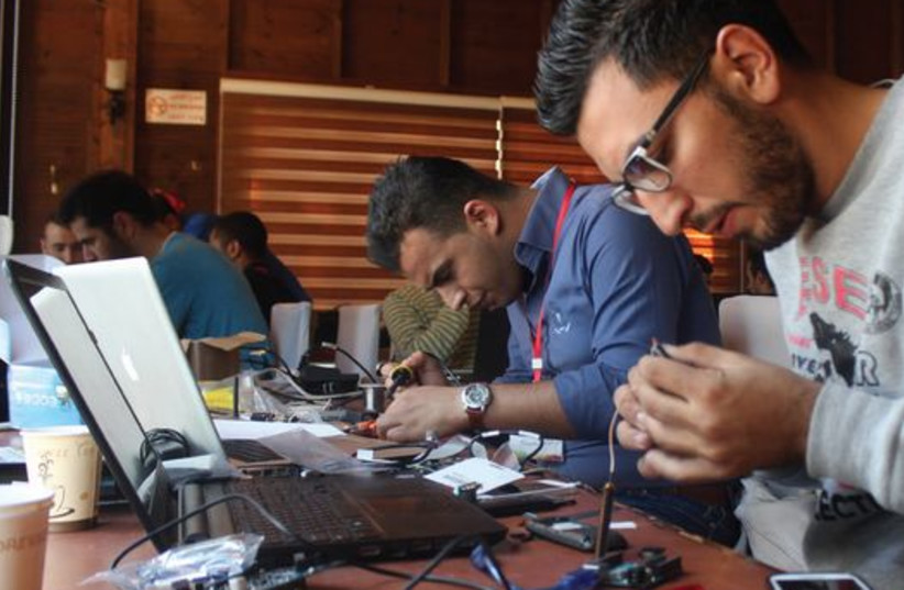 Tsofen encourages the establishment and development of hi-tech centers in major Arab cities and communities. (photo credit: Courtesy)