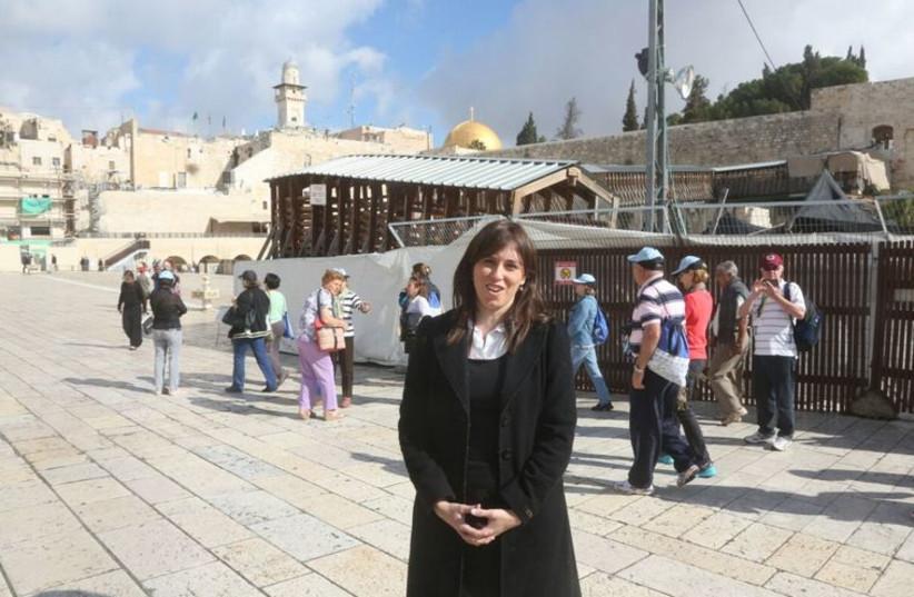 Tzipi Hotovely visits Temple Mount (photo credit: MARC ISRAEL SELLEM/THE JERUSALEM POST)