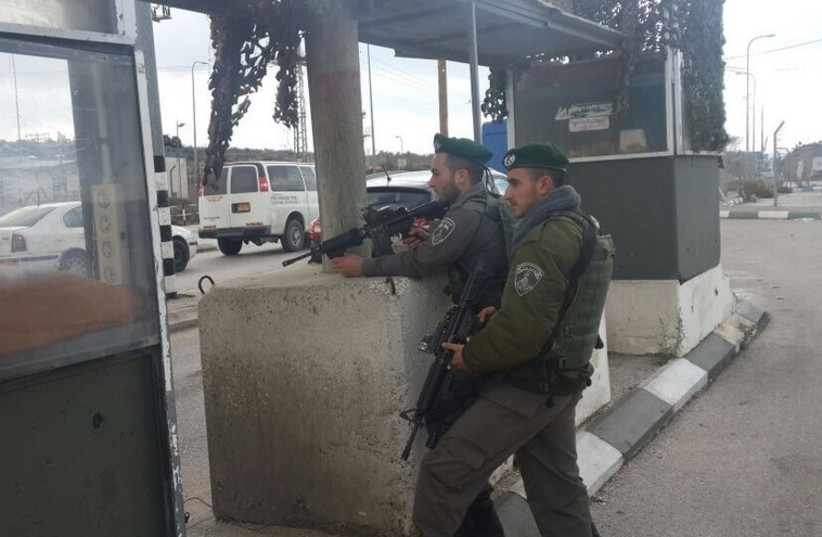 Border Police officers in Tapuah junction. (photo credit: ISRAEL POLICE)
