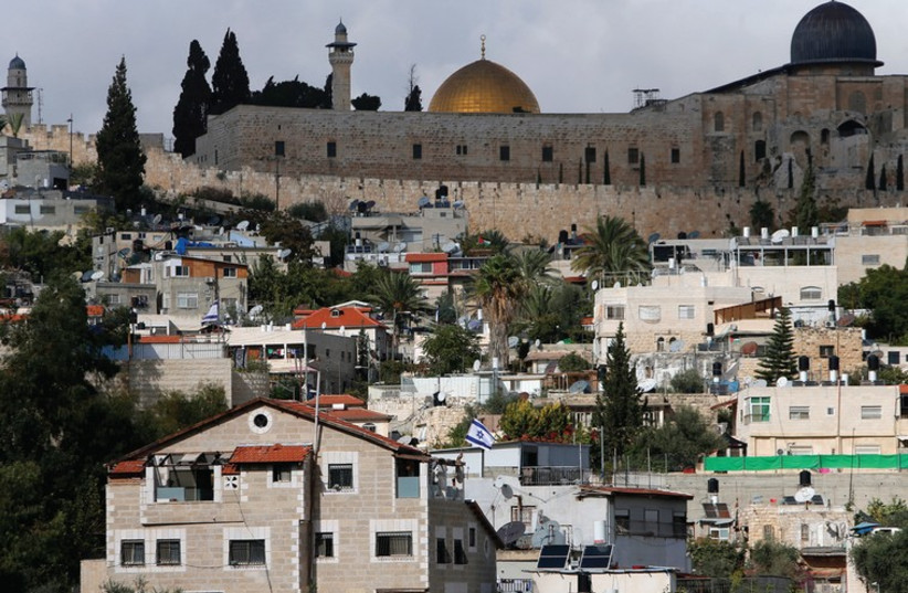 A view of al-Aksa mosque on the Temple Mount from the Jerusalem neighborhood of Silwan. (photo credit: REUTERS)