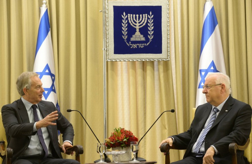 Tony Blair and Reuven Rivlin in Jerusalem (photo credit: AMOS BEN GERSHOM, GPO)
