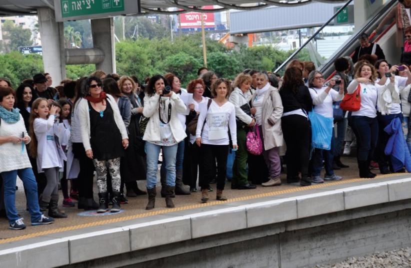 Women Wage Peace movement (photo credit: ORIT REICH,ORIT HAZON MENDEL,ORIT PNINI)
