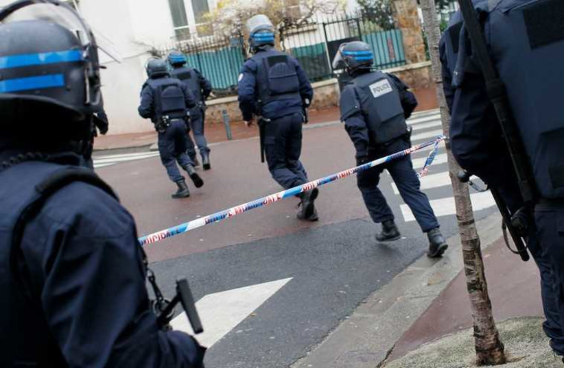 French intervention police (photo credit: REUTERS)