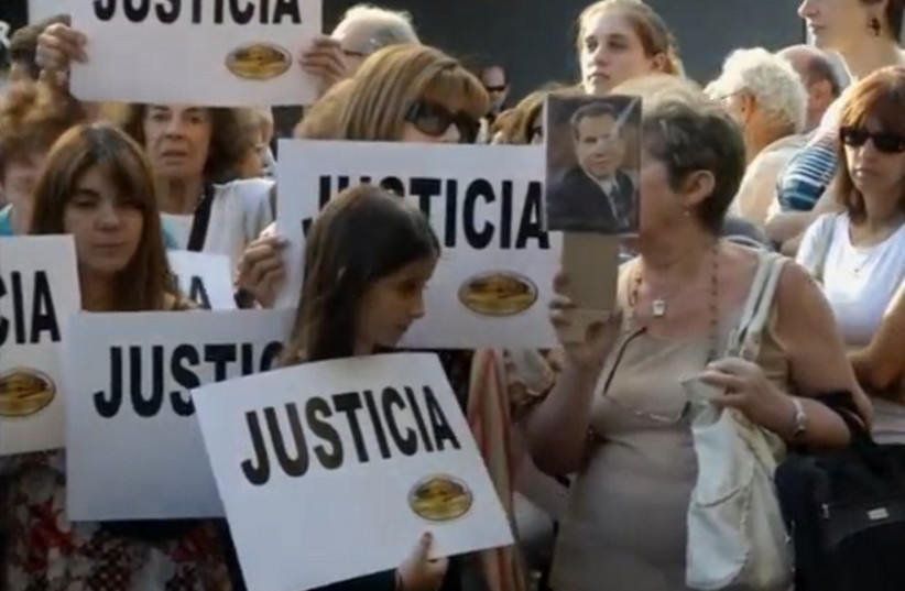 Buenos Aires protesters demand justice amid allegations of Argentina-Iran cover-up (photo credit: screenshot)
