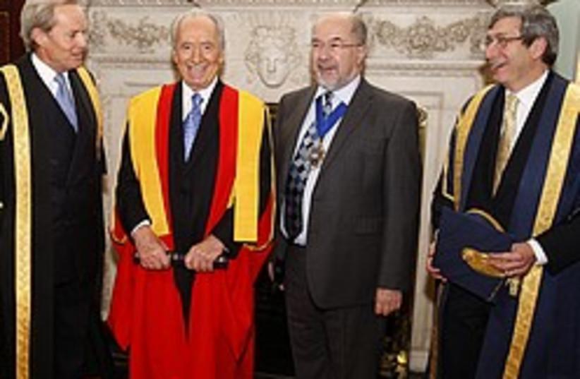 peres honorary doctorate 248 88 ap (photo credit: AP)