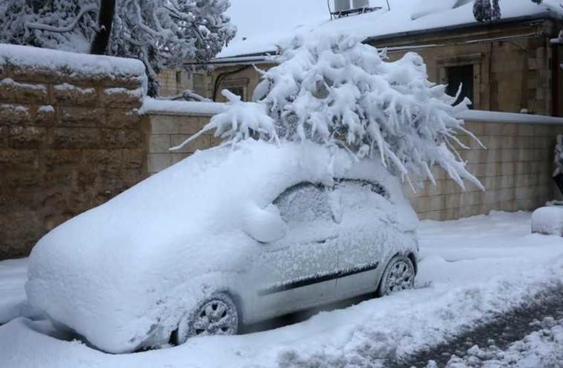 Snow in Jerusalem, February 20, 2015 (photo credit: MARC ISRAEL SELLEM)