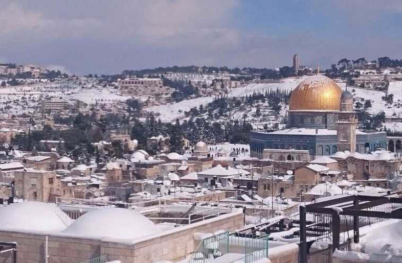 Aerial view of Jerusalem in snow (photo credit: ISRAEL POLICE)