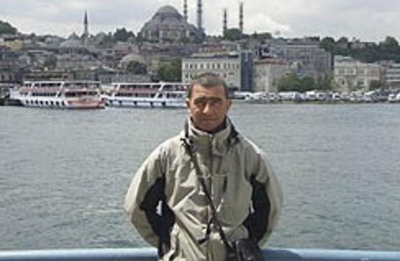 amaro franco pilgrim istanbul 248 (photo credit: Rui Duarte Silva)