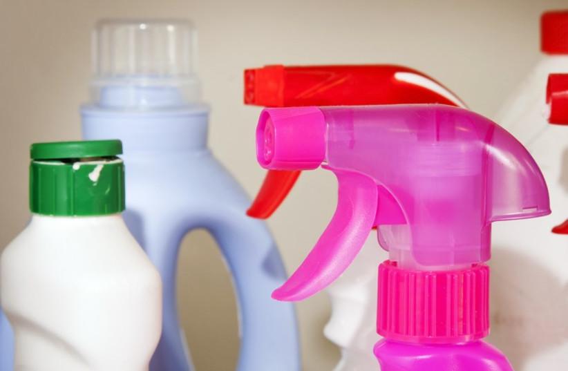 Cleaning supplies (photo credit: INGIMAGE)