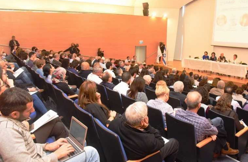 PARTICIPANTS FROM companies around the country learn about opportunities for Israeli Arabs in hi-tech at an event in Nazareth, March 11, 2015 (photo credit: PELI HANAMER)