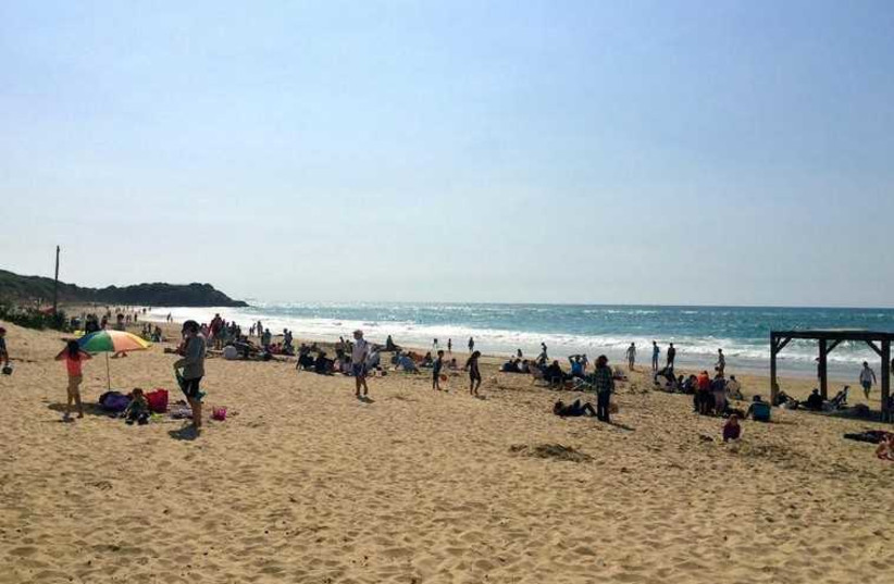 Israelis enjoy the day off on Election Day at Palmachim Beach south of Tel Aviv, March 16, 2015 (photo credit: SHARON UDASIN)