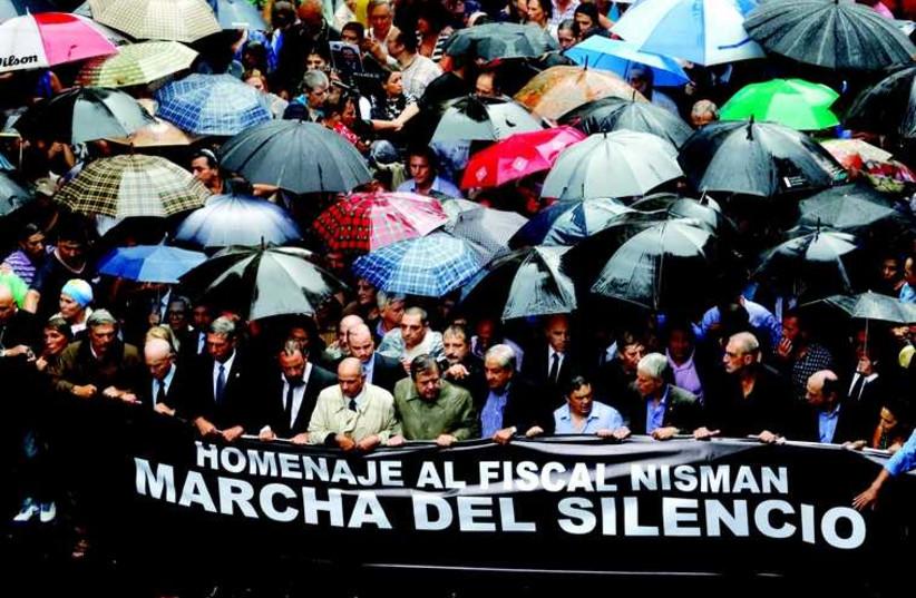 La grande marche de Buenos Aires (photo credit: REUTERS)