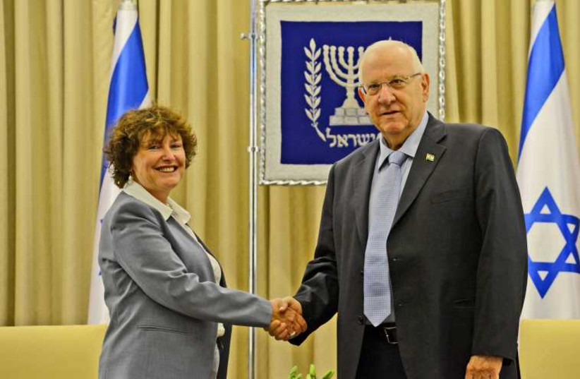 BOI Governor Karnit Flug presents annual report to President Reuven Rivlin (photo credit: HAIM ZACH/GPO)
