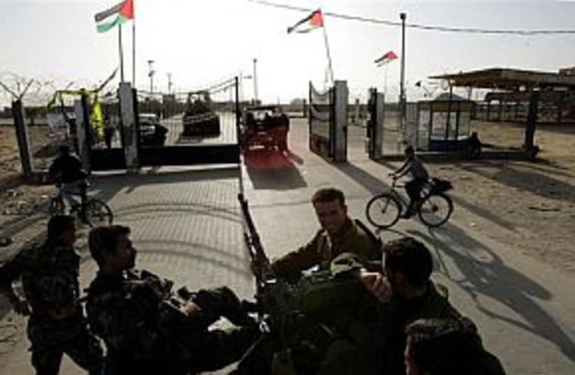 rafah 298  (photo credit: Associated Press)