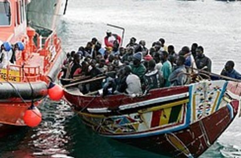 african migrants boat 248 88 (photo credit: AP)