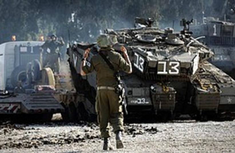 idf tanks gaza 298 (photo credit: IDF)