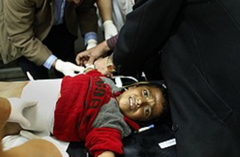Wounded Gaza girl  (photo credit: AP)