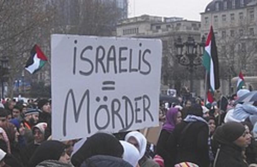 anti-Israel Germany 248 88 (photo credit: Sacha Stawski/Honestly Concerned )