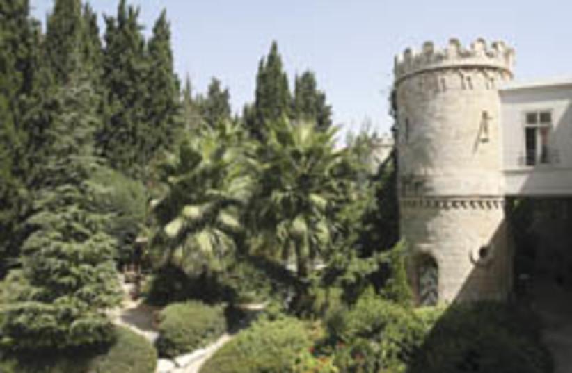 sergei courtyard (photo credit: Ariel Jerozolimski)