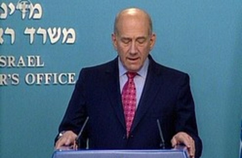 olmert during press conference 248.88 (photo credit: Channel 10)