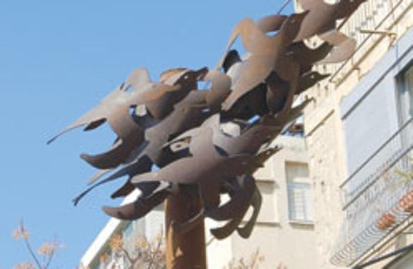 birds sculpture 88 248 (photo credit: Courtesy)