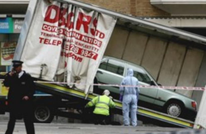 london terrorism car bomb 248 88 (photo credit: AP [file])